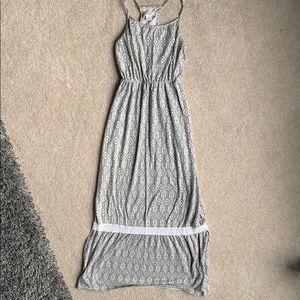 Mossimo gray and white maxi dress
